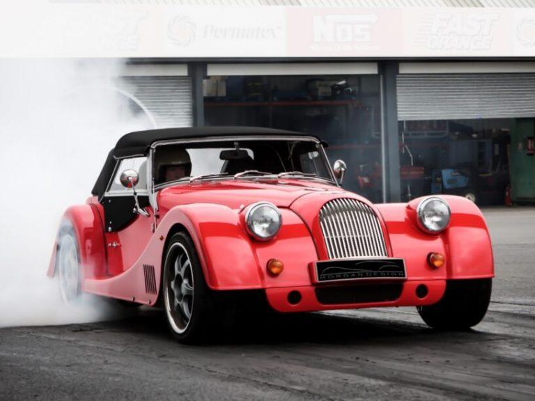 Plus 8 GTR: Saugmotor V8, RWD und Schaltgetriebe